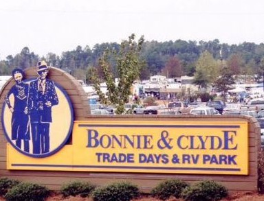 Bonnie and Clyde Trade Days-RV