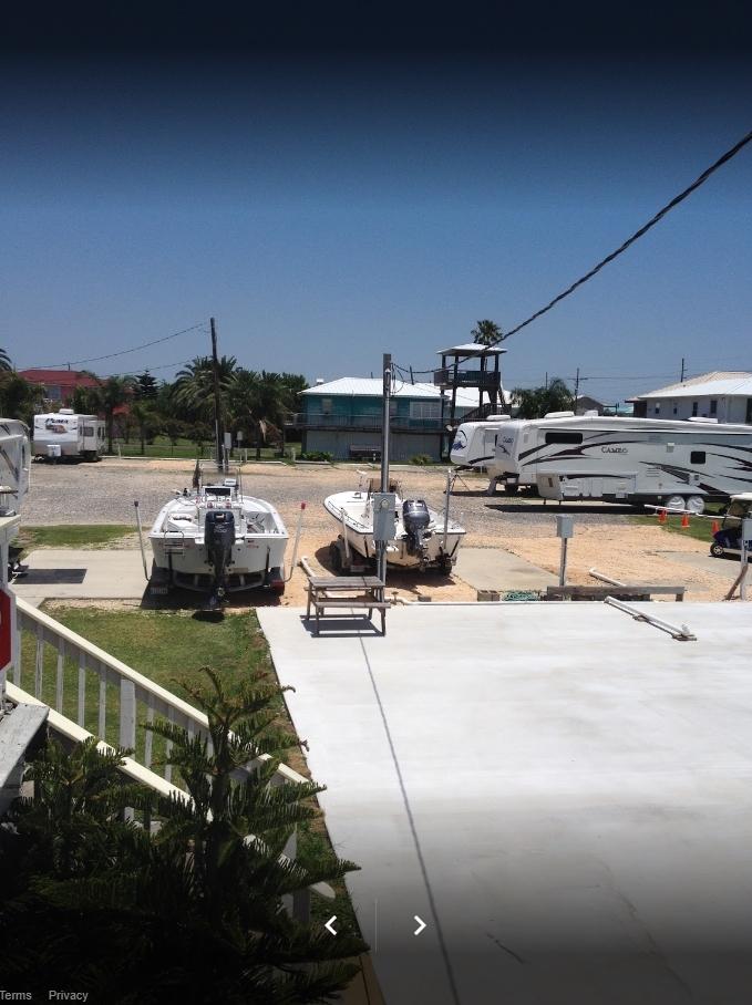 Island House RV Park