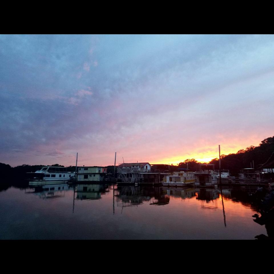 Joey's Moon Lake Marina and RV Park