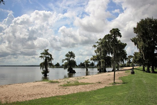 Lake End Park