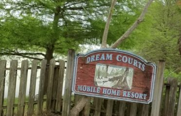Dream Courts Mobile Home Resort