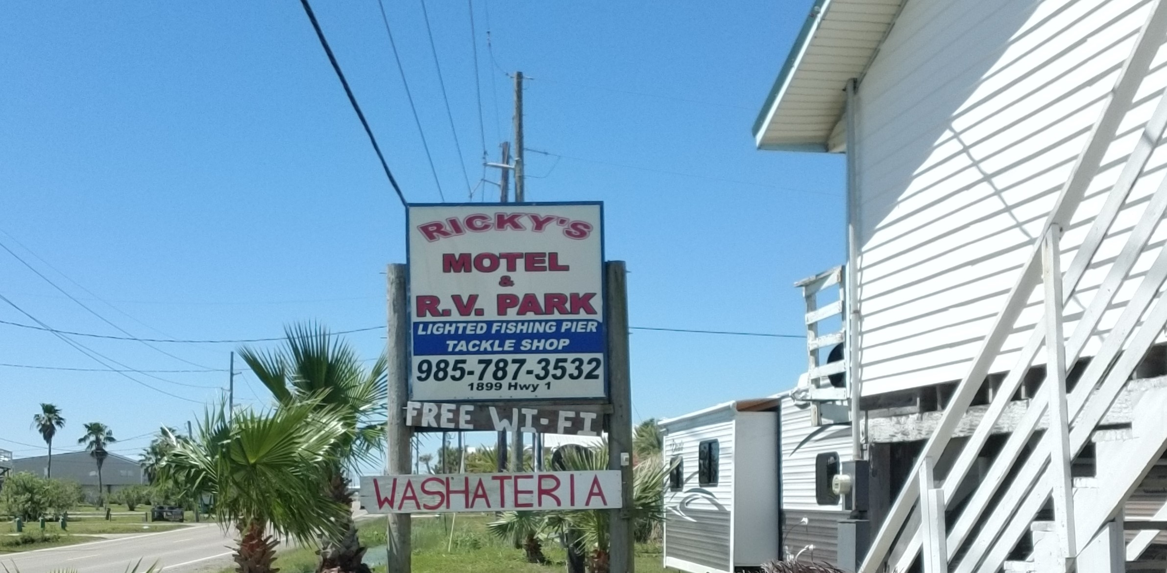 Ricky's Motel and RV Sites